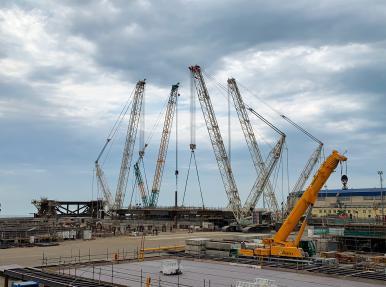 Azerbaycan'da petrol sondaj ve üretim platformunun inşaatı