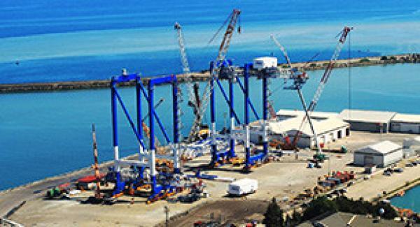 STS cranes rising at Trabzon port